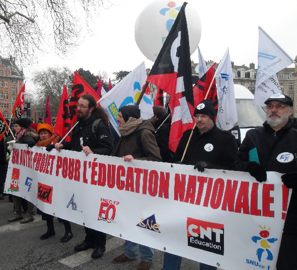banderole-intersyndicale-education-nord-pdc-greve-12fev2013-reduction