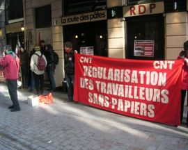 regularisation-sans-papiers-cnt-reduc
